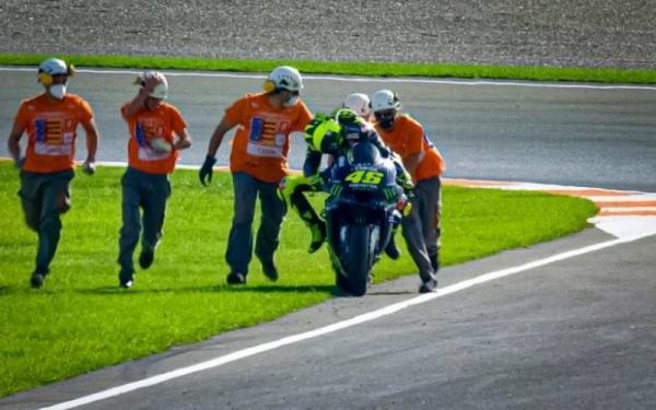 Begini Komentar Rossi soal Mesin Yamaha YZR-M1