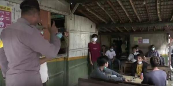 Terjaring Operasi Yustisi, Pengunjung Warung Kopi Diswab Antigen