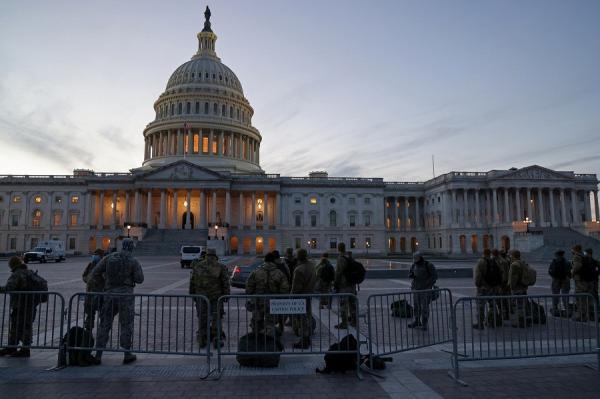 Pria Bawa Pistol Ditangkap Dekat Gedung Capitol, Ngaku Prihatin dengan Hasil Pilpres AS