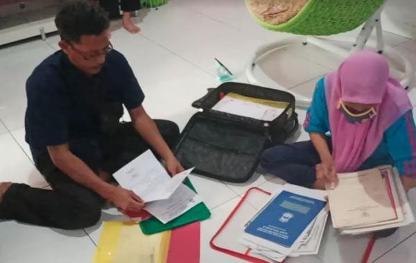 Keluarga 5 Orang Sekeluarga Penumpang Sriwijaya Air Bawa Antemortem ke Jakarta
