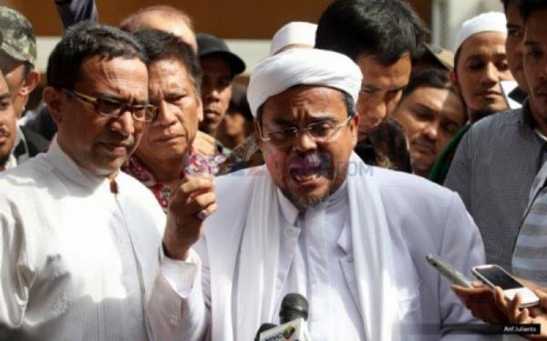 Habib Rizieq Dituntut 2 Tahun Penjara Kasus Kerumunan di Petamburan