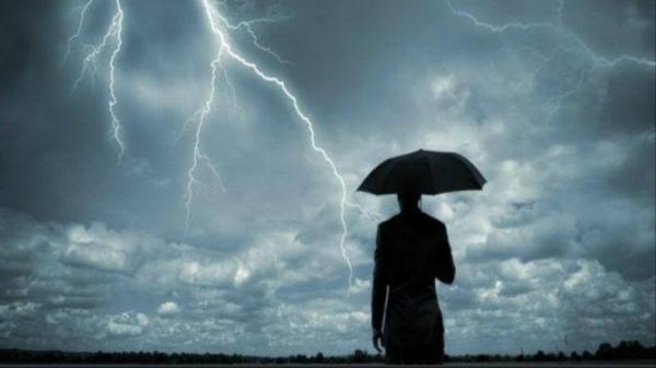 Prakiraan Cuaca BMKG Hari Ini: Jakarta Diguyur Hujan Disertai Angin Kencang dan Petir