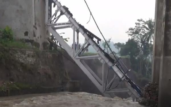 Jembatan di Brebes Rusak, KAI Ubah Pola Operasi Perjalanan KA