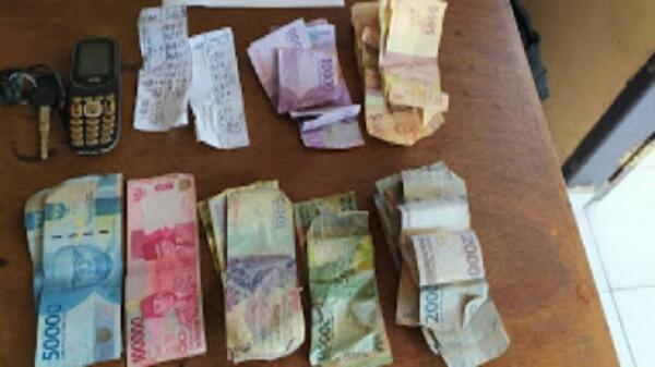 Duh, Seorang Lansia Ditangkap saat Antar Uang dan Kupon Togel di Minahasa Selatan