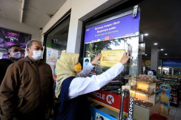 Nekat Langgar PPKM, Izin Minimarket di Majalengka Bakal Dicabut