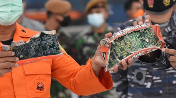 Pakai Alat Sedot Lumpur, Ini Proses Penemuan CVR Sriwijaya Air SJ-182