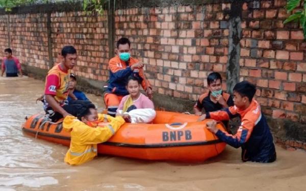 5 Kabupaten di Sumsel Siaga Banjir-Longsor, Warga Diimbau Siapkan Senter hingga Surat Berharga