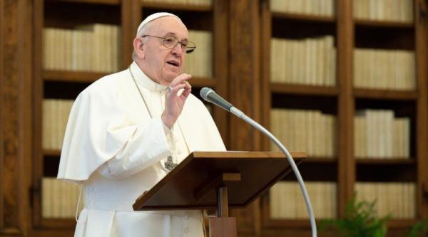 Paus Fransiskus Bikin Aturan Cegah Korupsi, Pegawai Dilarang Terima Hadiah di Atas Rp700.000