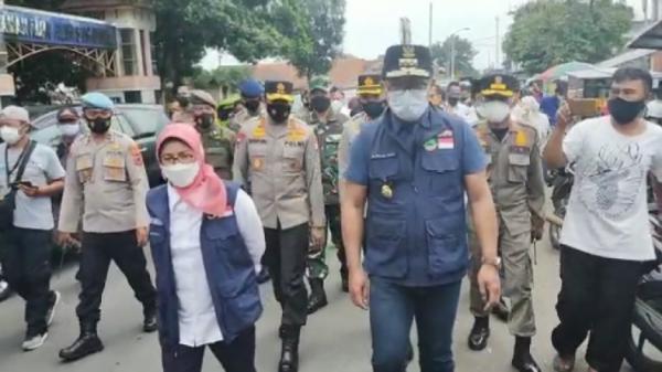 Warganya Dinilai Paling Tak Patuh Pakai Masker, Ridwan Kamil Sidak ke Tasikmalaya