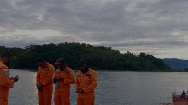Masuki Hari ke-5, Tim SAR Masih Cari Penumpang Kapal yang Jatuh di Perairan Buano SBB