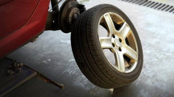 Pasang Ban Mobil Beda Merek, Ini 3 Hal Harus Diperhatikan
