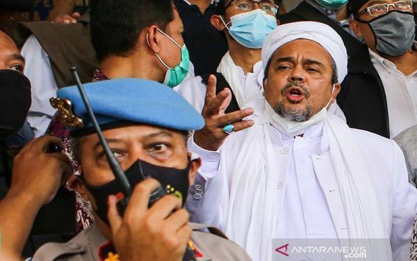 PN Jakarta Timur Gelar Sidang Habib Rizieq, Polisi Perketat Pengamanan