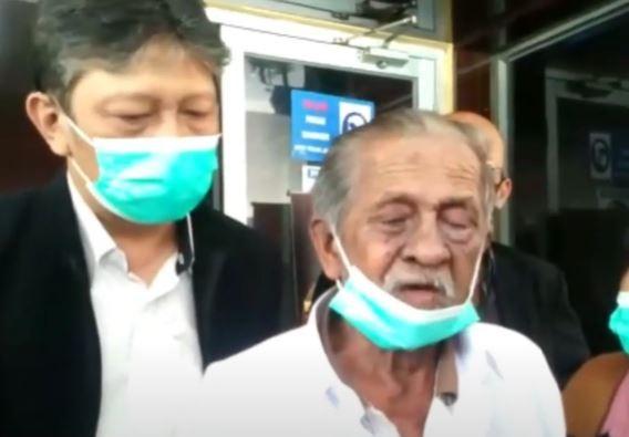Video Takut Dianiaya, RE Koswara Laporkan 3 Anak Kandungnya ke Polda Jabar