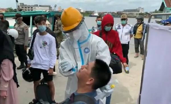 Penumpang Transportasi Air dari Kayong Utara Wajib Swab saat Tiba di Pontianak