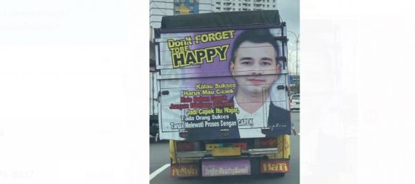 Sopir Truk Pasang Poster Wajah Raffi Ahmad dengan Kata Motivasi Sukses, Rizky Billar: Panutanku