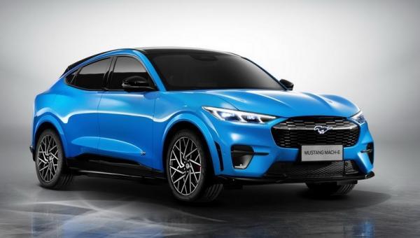 Mobil Listrik Ford Mustang Mach-E Bidik Pasar China