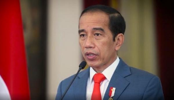 Jokowi Minta Mahasiswa Tak Hanya Belajar di Kampus, tapi Juga di Masyarakat