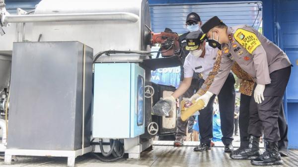 Polda Metro Jaya Musnahkan 801 Kg Ganja Hasil Tangkapan dari Oktober 2020