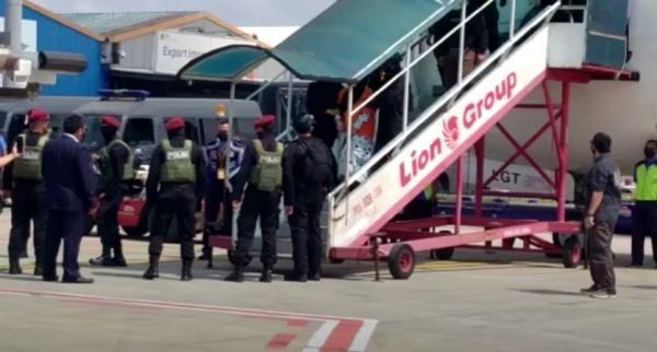 Video 26 Terduga Teroris Tiba di Bandara Soekarno-Hatta, 19 di Antaranya Eks Anggota FPI