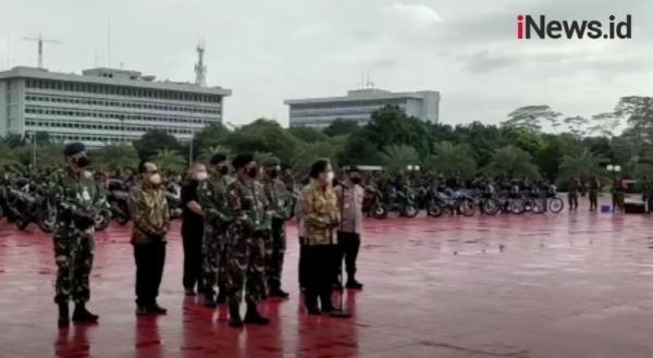 Video Panglima TNI Pimpin Apel Gelar Kesiapan Tenaga Vaksinator dan Tracer Covid-19