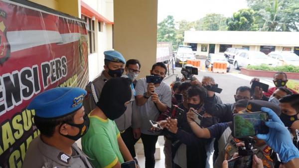 Guru Ngaji di Cianjur Ajak Nonton Video Mesum dan Cabuli 5 Murid selama 2 Tahun