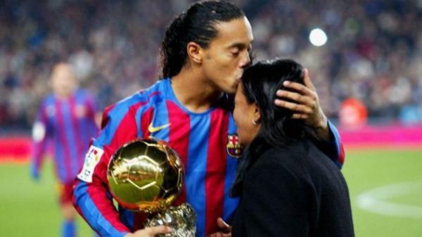 Ibu Ronaldinho Meninggal Dunia karena Covid-19