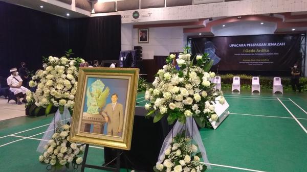 Mantan Menteri I Gede Ardika Meninggal, Jenazah Dikremasi di Bandung