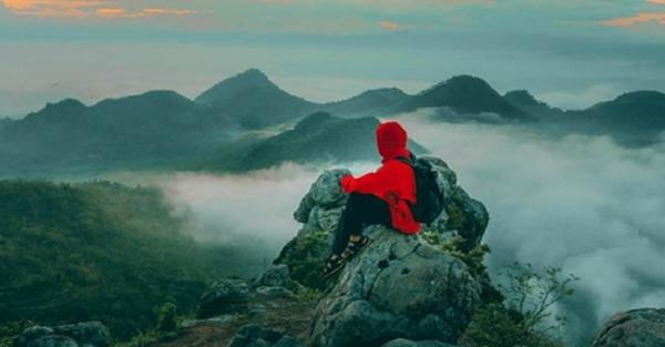 6 Pemandangan Alam Puncak di Ponorogo Paling Indah, Bisa Lihat Lautan Awan