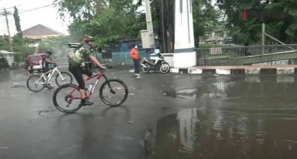 Video Gubernur Jateng Gowes Sambil Keliling, Tinjau Rumah Pompa