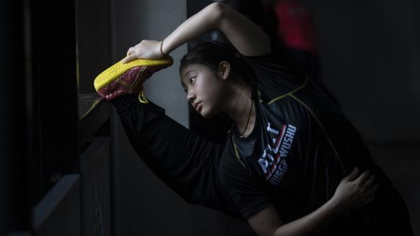 Atlet Wushu Indonesia Latihan Persiapan Kejuaraan Internasional