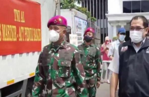 Video 10 Truk Bantuan untuk Korban Banjir Bekasi dan Karawang Siap Didistribusikan