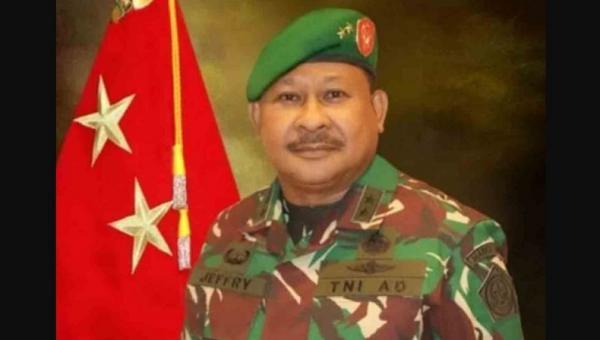 Pangdam XVI Pattimura Mayjen TNI Jeffry Apoly Rahawarin, Putra Maluku yang Hobi Tinju