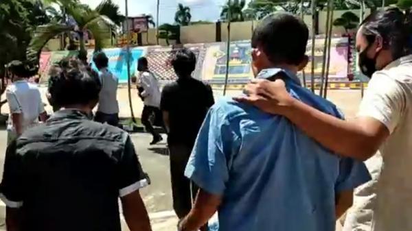 Karaoke sambil Pesta Sabu, Sekeluarga di Tanggamus Ditangkap Polisi