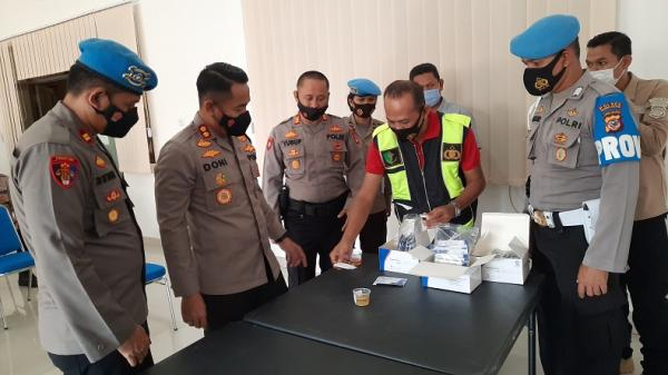Pascakasus Eks Kapolsek Astanaanyar, 150 Polisi di Tasikmalaya Dites Urine Mendadak