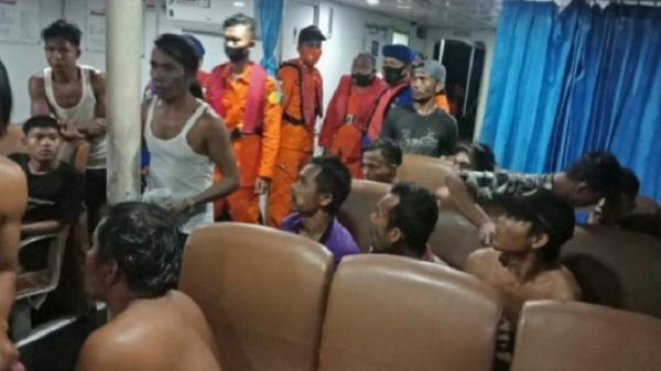 Dihantam Ombak, Kapal Motor Bawa 19 ABK Karam di Pulau Mursala Tapteng