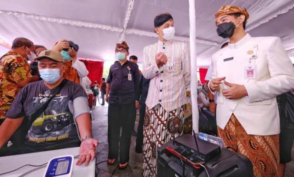 Gubernur Ganjar Sebut Vaksinasi Covid-19 Mandiri Segera Berjalan