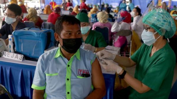 1.000 Sopir Angkutan Umum Kota Tangerang Disuntik Vaksin Covid-19