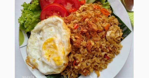 Cara Membuat Nasi Goreng Kampung Enak, Ternyata Hanya Pakai Cabai dan Bawang