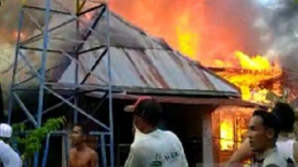 Kebakaran 15 Rumah Warga di Hulu Sungai Selatan, 83 Jiwa Mengungsi