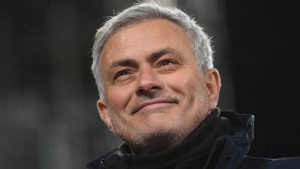 Breaking News: Jose Mourinho Jadi Pelatih Baru AS Roma