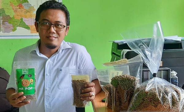 Arky Gilang, Pengepul Sampah Organik asal Banyumas Ini Sukses Bisnis Maggot