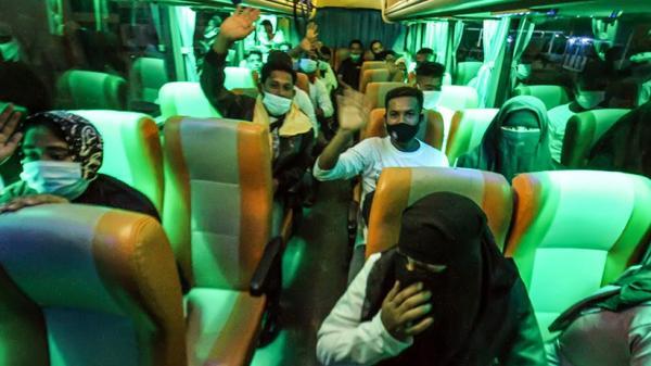 Puluhan Pengungsi Rohingya Dipindahkan dari Lhokseumawe ke Medan