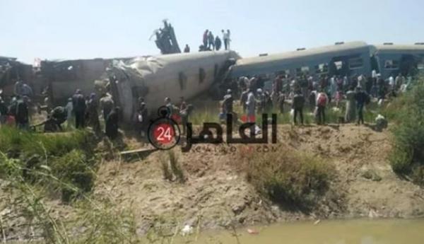 Penumpang Iseng Tarik Rem Darurat, 2 Kereta Tabrakan, 32 Orang Tewas