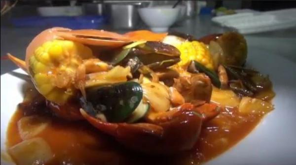 Seafood Rame-Rame Tegal Menggugah Selera Makan,  Rasanya Gurih, Pedas dan Asam