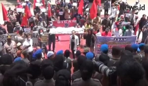 Video Unjuk Rasa Mahasiswa Berujung Ricuh di Aceh Utara Tolak Peraturan Bupati