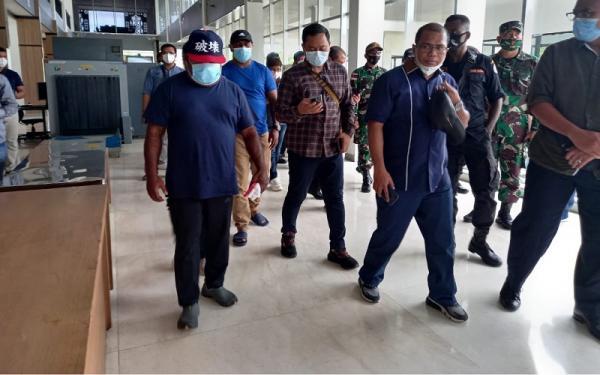 Warga Diminta Tak Terprovokasi Hoaks Gubernur Lukas Enembe Masuk ke Papua Nugini