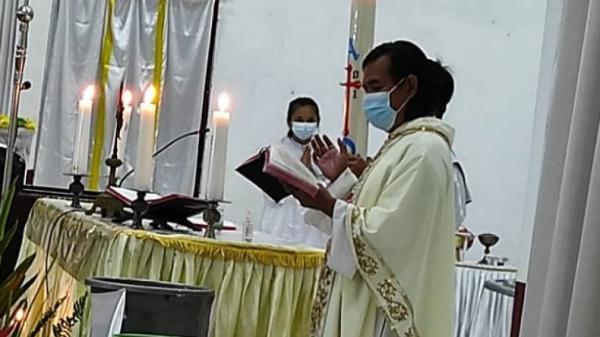 Misa Malam Paskah, Ini Pesan untuk Umat Katolik Minahasa