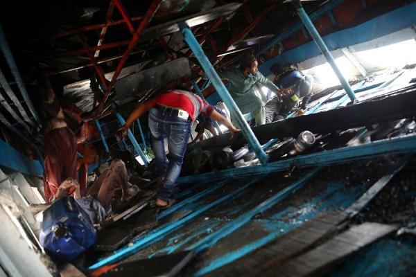 Korban Tewas Feri Tabrak Kapal Kargo di Bangladesh Bertambah Jadi 26 Orang
