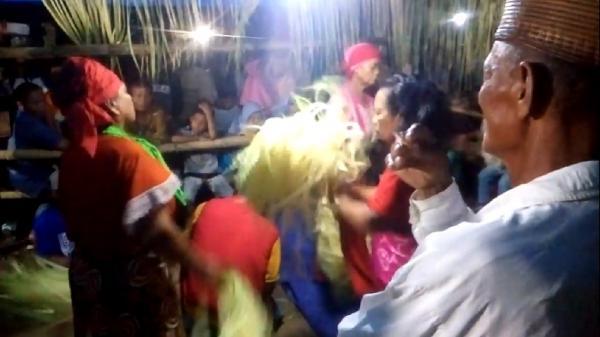 Tradisi Ratusan Tahun, Ritual Ini Diyakini Bawa Keselamatan lewat Tarian Perempuan