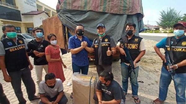 Polisi dan Bea Cukai Amankan Truk Muatan Rokok Ilegal di Perbatasan Aceh-Sumut